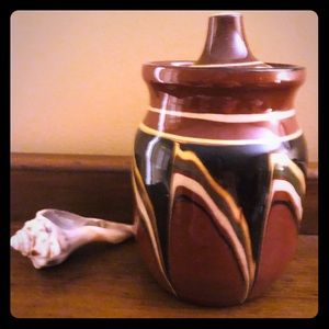 Other - 🌻Beautiful Vintage Pottery Small Lidded Jar 🌻